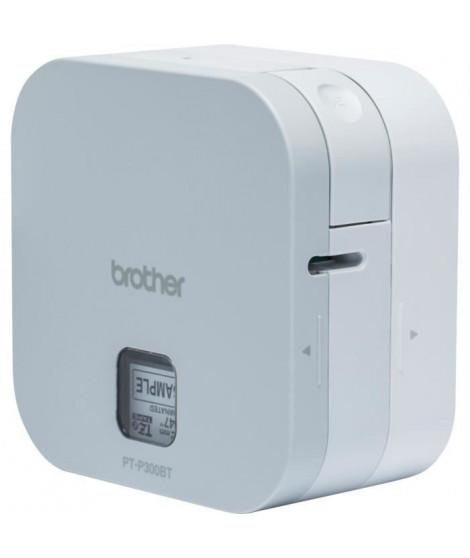 BROTHER Cube Etiqueteuse Compacte PT-P300BT P-Touch se Connecte Facilement aux Smartphones et Tablettes jusqu'a 12 mm