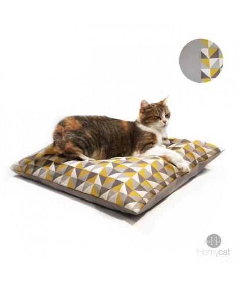 HOMYCAT Coussin XL motif triangle - L55 x l55 x H10 cm - Taupe et jaune - Pour chat